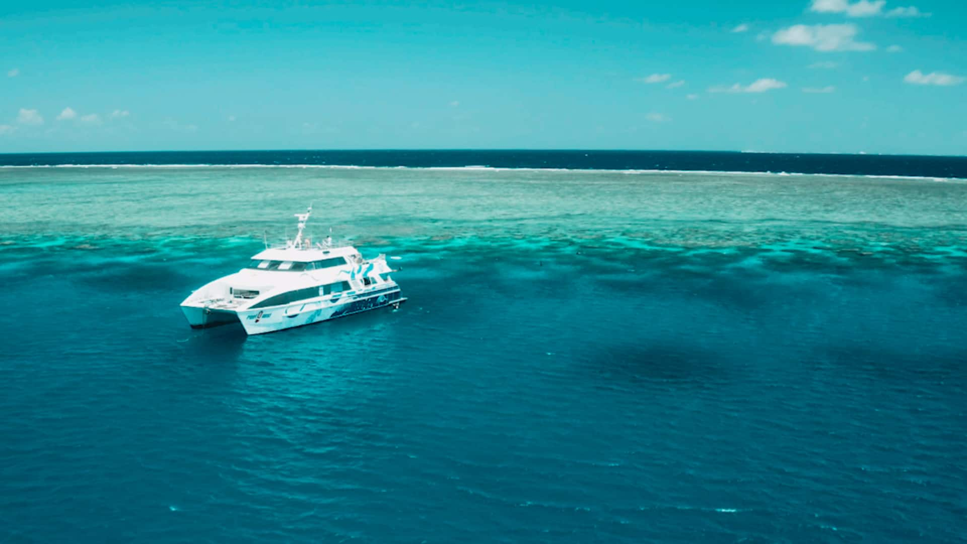The-Great-Barrier-Reef-Welcome-to-Travel-1